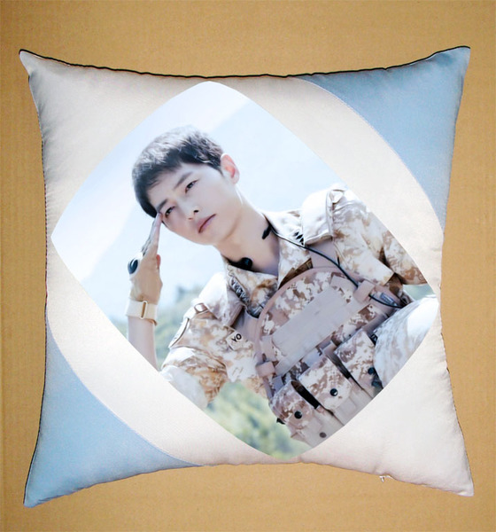 หมอนอิง Descendants of the Sun Song Joong Ki