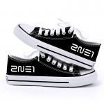 รองเท้าผ้าใบ 2NE1 สีดำ : เบอร์ 40