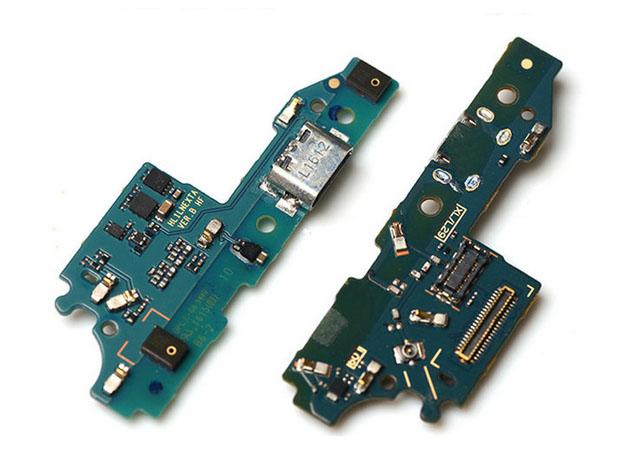 เปลี่ยนชุดบอร์ด USB Huawei Mate 8 แก้อาการชาร์จไม่เข้า ไมค์เสีย