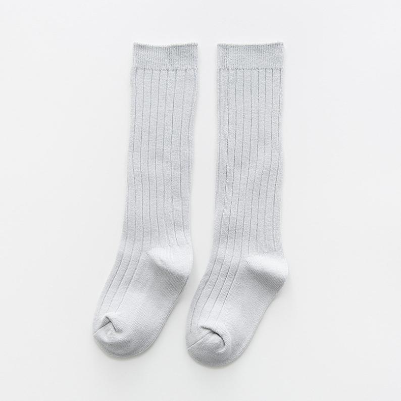 ถุงเท้ายาว สีครีม แพ็ค 10 คู่ ไซส์ M (ประมาณ 2-4 ปี)