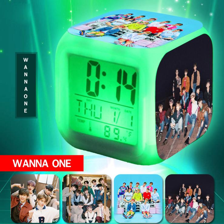 นาฬิกาปลุกลูกเต๋า WANNA ONE - 1-1 =0
