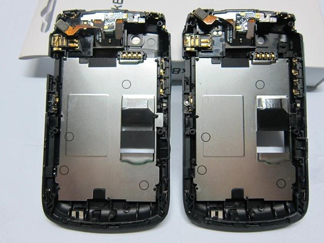 เคสกลาง Blackberry 9700/9780