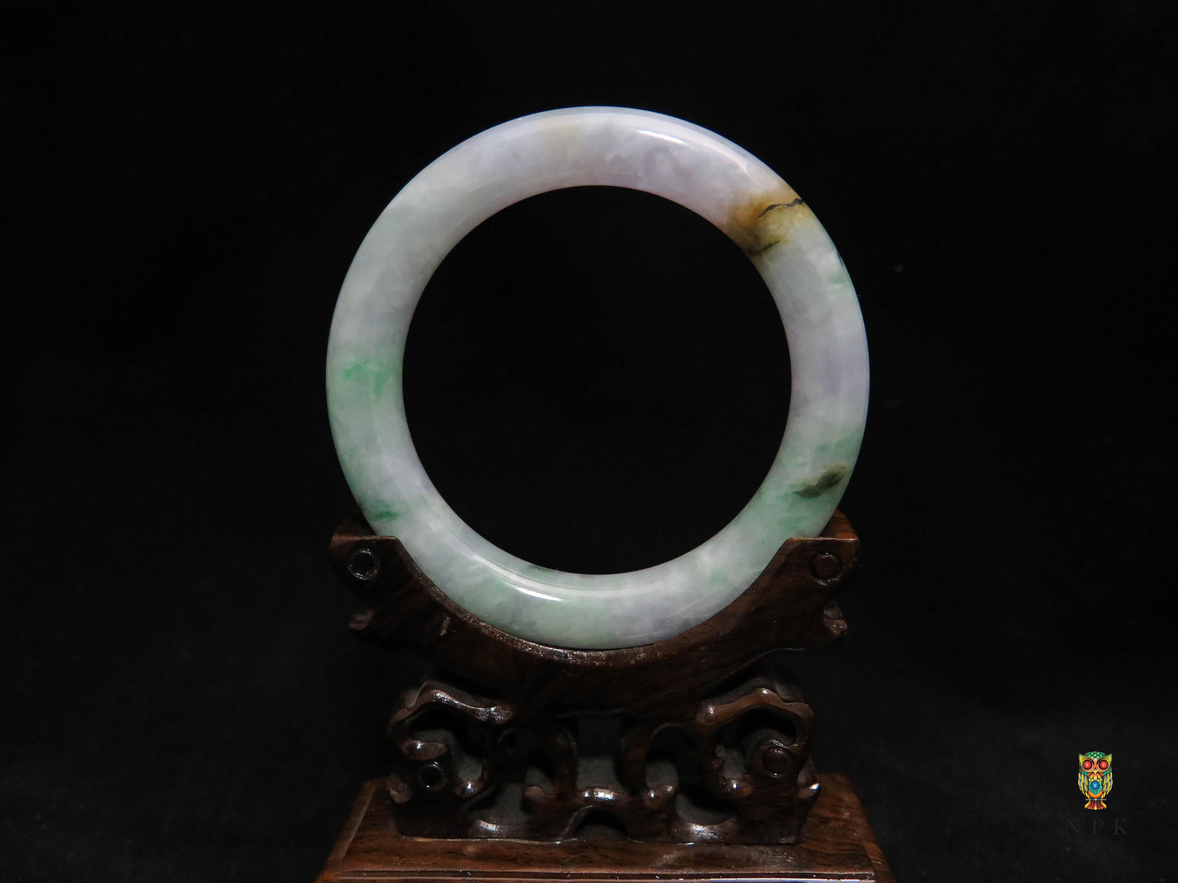 กำไลหยกพม่าฮกลกซิ่ว (Burma jade bangle)