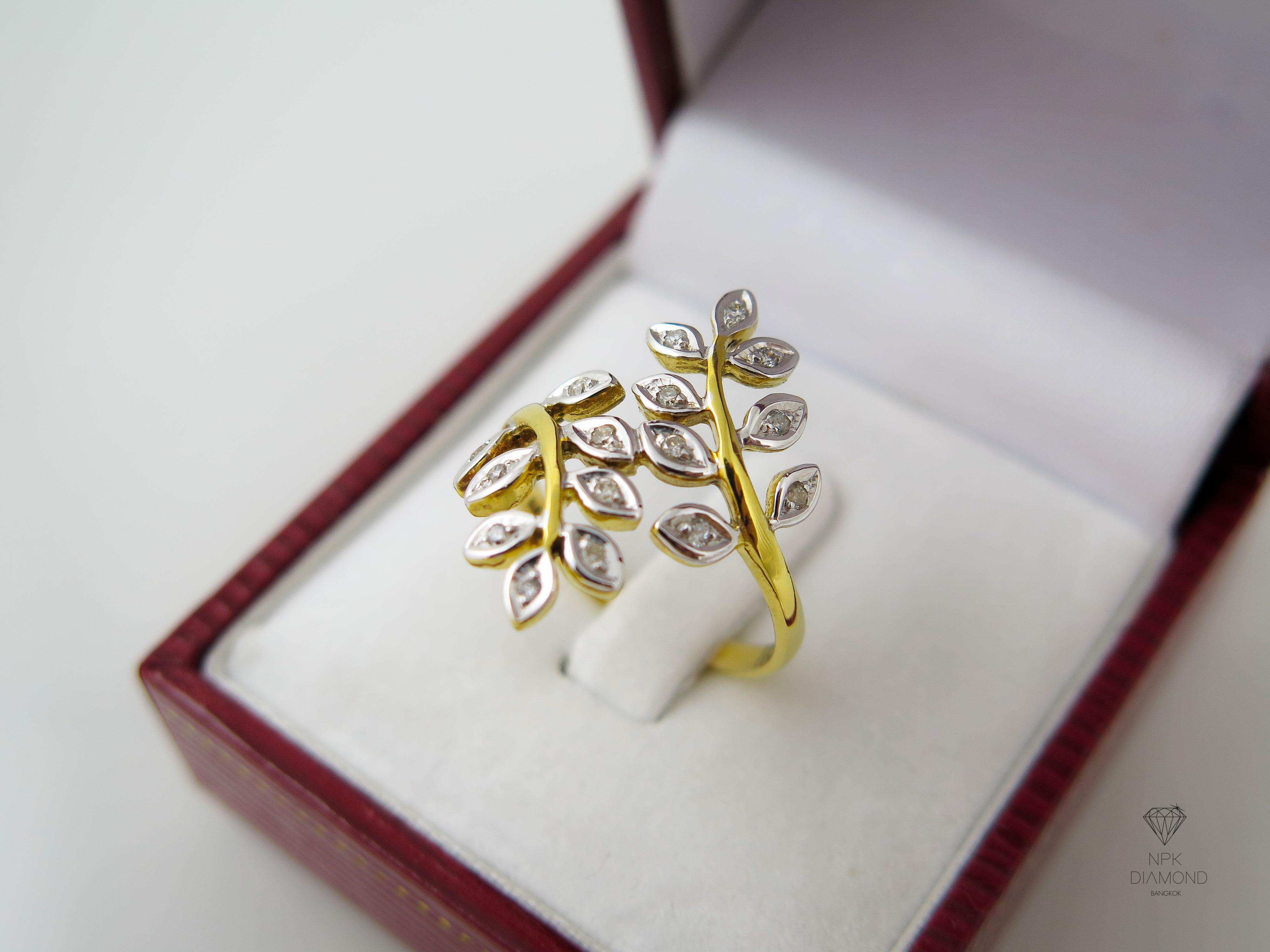 แหวนเพชรใบมะกอก 16 ใบ