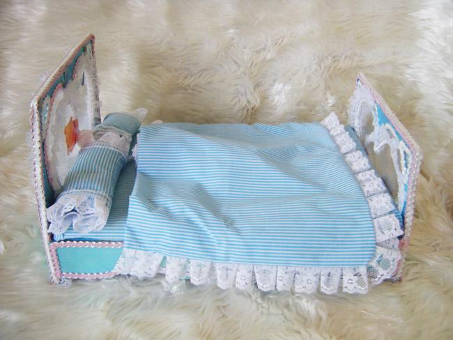 เตียงนอนตุ๊กตา