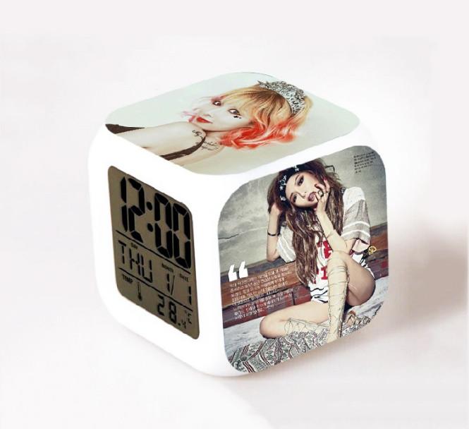 นาฬิกาดิจิตอลลูกเต๋า HyunA