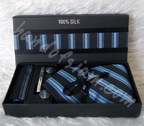 เนคไทผ้าไหม Silk NT015