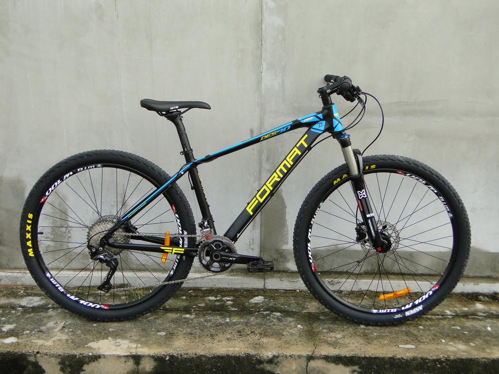 จักรยานเสือภูเชา FORMAT DES90PRO เฟรมอลู 22 สปีด ชุดขับ XT โช๊คลม ปี 2017