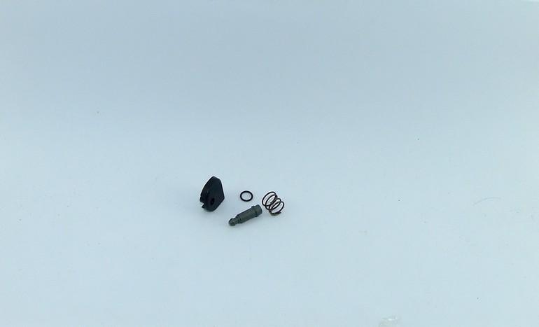 ปุ่มล็อคเฟือง หินเจียร Maktec MT950, MT951, MT953, MT954, MT958 Makita 9553NB, 9556NB, 9558NB