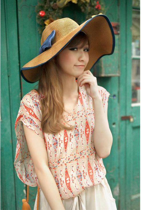 [พร้อมส่ง] H7104 หมวกสานปีกกว้าง ใบโต ตกแต่งด้วยโบและปลายขอบสี ใส่เที่ยวทะเลฟินๆ