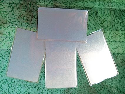 บัตรพลาสติก พื้นเมทัลลิค พิ้นประกายเงิน พิมพ์เพิ่มเติมได้