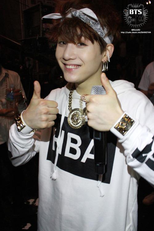 เสื้อแฟชั่น Hood By Air HBA BTS EXO สีขาว