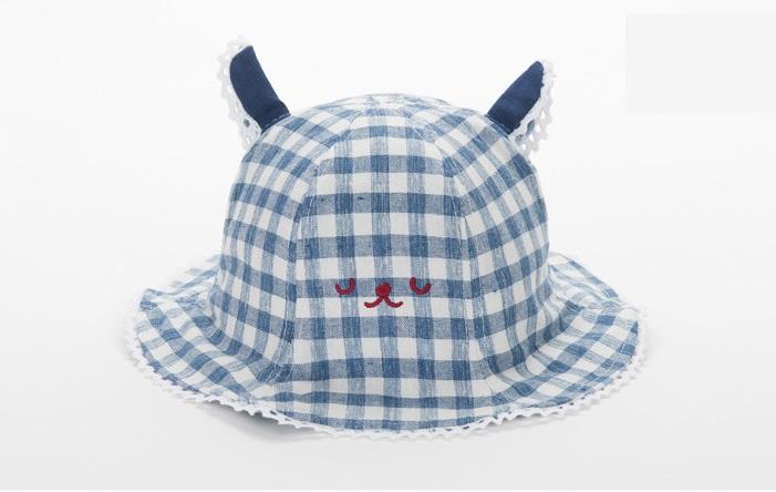 หมวกปีกกว้างลายสก็อตสีกรมท่าลายหน้าหมี แพ็ค 3 ชิ้น