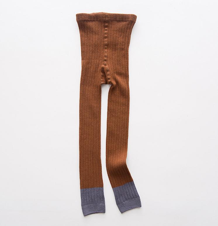 ถุงเท้าน้อง สีน้ำตาล แพ็ค 6 คู่ ไซส์ ประมาณ 105 ซม