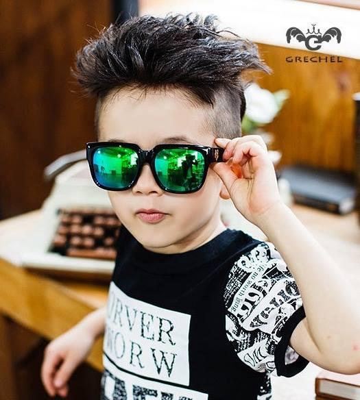 แว่นกันแดดเด็ก กรอบสีดำเลนส์เขียวเหลือบฟ้า แพ็ค 3 ชิ้น