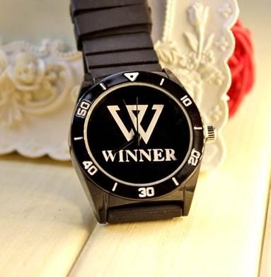 นาฬิกา WINNER (กันน้ำ) สีดำ
