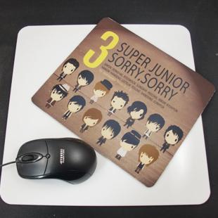 แผ่นรองเม้าส์ Super Junior