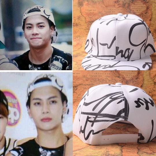 หมวกแฟชั่น GOT7 Jackson สีขาวลายดำ