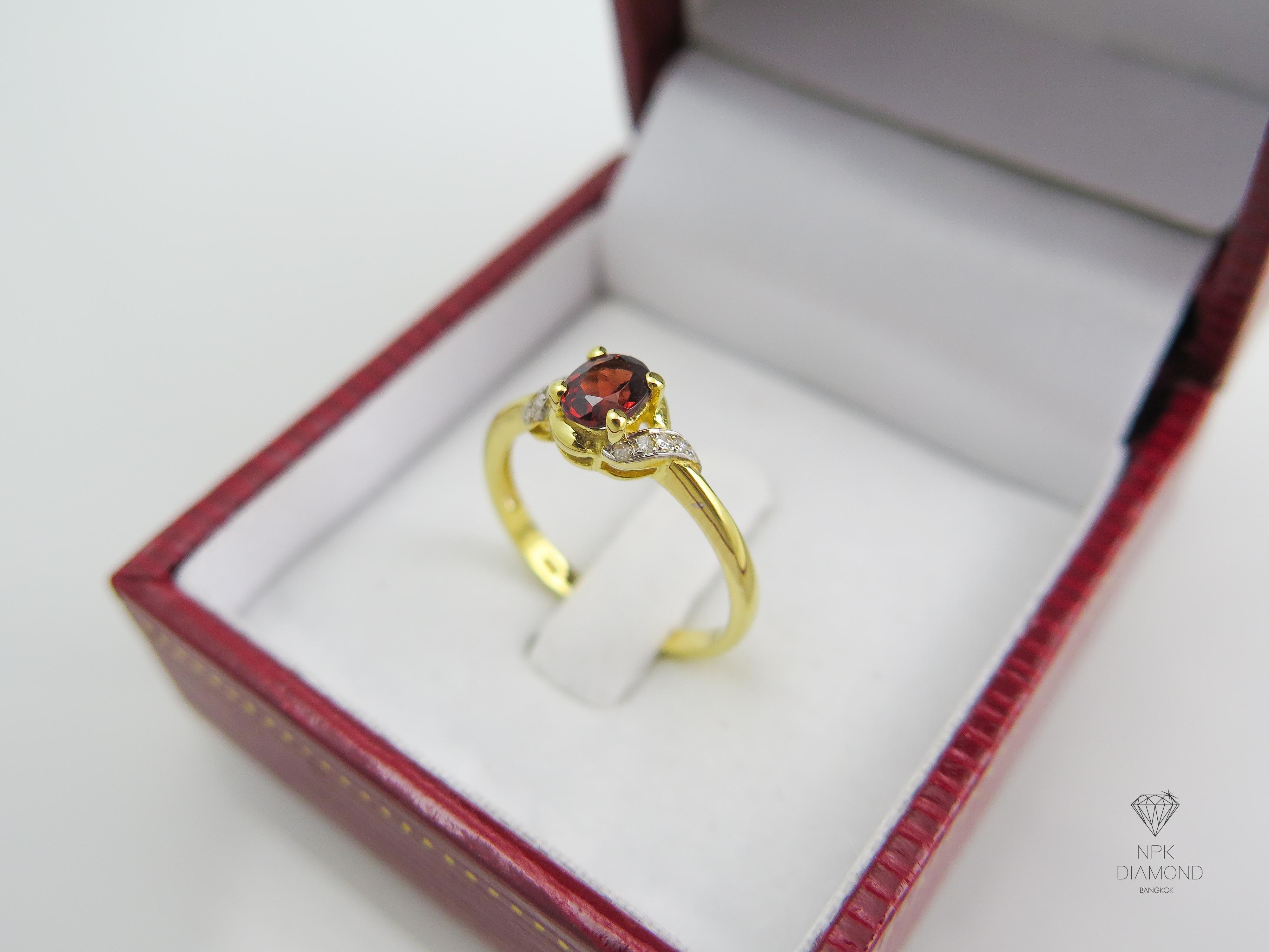 แหวนเพชรพลอยโกเมน