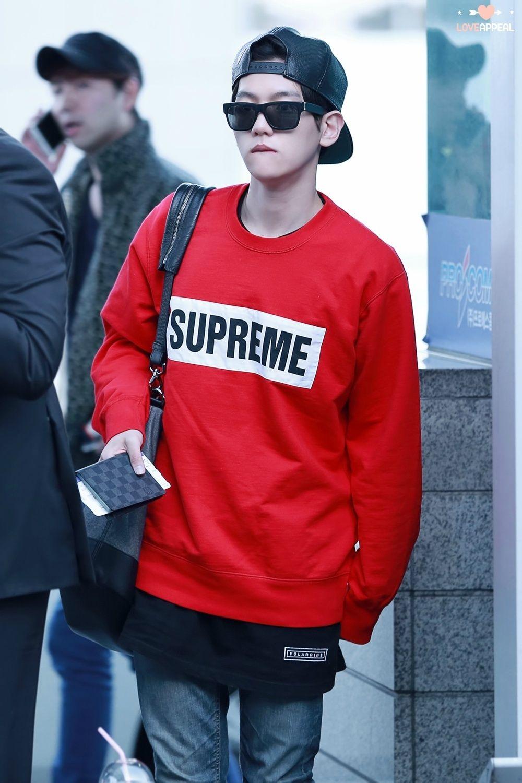 เสื้อแฟชั่นแขนยาว EXO BAEKHYUN SUPREME สีแดง