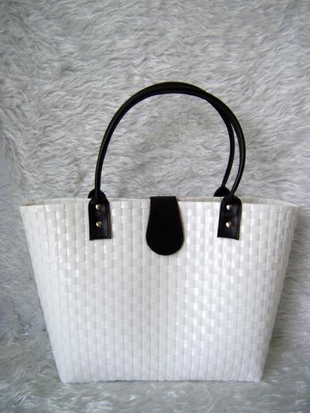 กระเป๋าพลาสติก