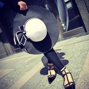 [พร้อมส่ง] H4055 หมวกสาน/หมวกไปทะเล หมวกปีกกว้าง ทูโทนขาวดำ แต่งริบบิ้นโบ งานเก๋แบบเกาหลีค่ะ
