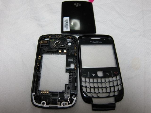 ยกชุด Body+เคสกลาง Blackberry 8520
