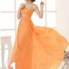 พร้อมส่ง ชุดราตรียาว ไหล่เดียว สีส้ม ผ้าชีฟอง แต่งเลื่อม+มุก ช่วงเนินอกและเอว