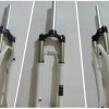 โช๊คลม RST First RST 17, 26 ,แกน 32 ยุบ 100มม.,28.6x260,Disk ,Vbrak&Disc สีขาว
