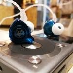 หูฟัง Tfz Series5s King Exclusive Limited แบบคล้องหู เสียงระดับออดิโอไฟล์ สายแบบชุบเงิน รูปทรง Custom
