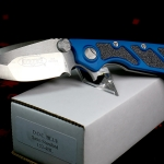 Microtech D.O.C.Satin Plain Edge Blue MT153-4BL