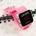 นาฬิกาดิจิตอล U-KISS