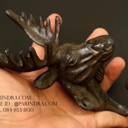 รูปหล่อหัวกวาง ขนาด 7 นิ้ว สำหรับการตกแต่งแนววินเทจ ใช้แขวนของได้ สวยงามมาก ทำจากโลหะ