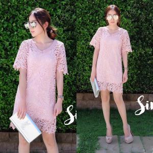 #90906 Lacy V neck dress เดรสลูกไม้คอวี : สีชมพู