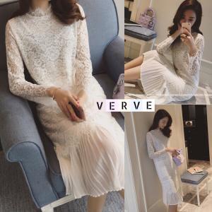 Princess Pleated Lace Midi Dress in White
