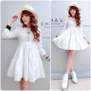 Dolly Pure White Dress เดรสสีขาวแต่งลูกไม้ฉลุกระโปรงระบาย