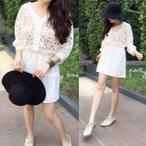 Pure White Lace Dress สำเนา