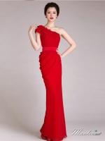 พร้อมเช่า ชุดราตรียาว ไหล่เฉียง ทรงเข้ารูปผ้าชีฟองนิ่มใส่สบายกระโปรงจับจีบย้วย ไหล่แต่งดอก สีแดง