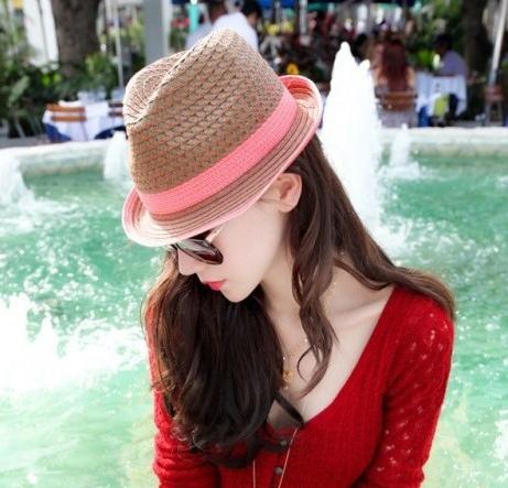[พร้อมส่ง] H7256 หมวกปานามา สานแบบโปร่ง แต่งผ้าคาดสีแดงรอบหมวก เก๋ๆ