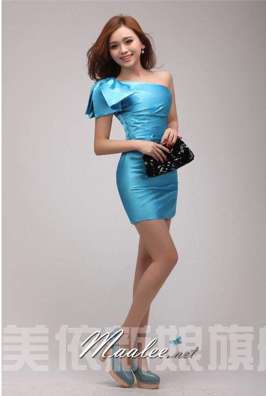 พร้อมส่ง ชุดราตรีสั้น Mini dress ไหล่เดียว สีฟ้า เข้ารูป แต่งโบว์สองชั้น