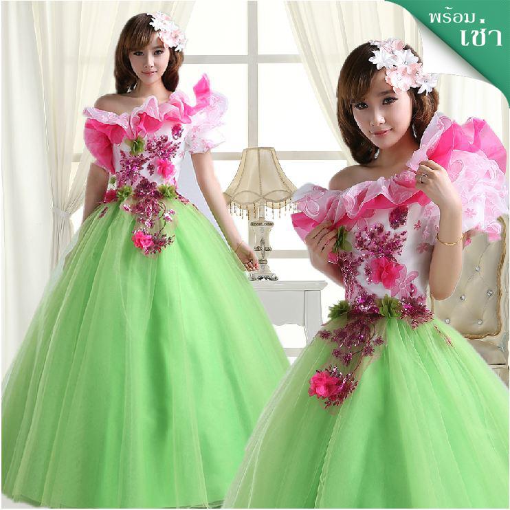 พร้อมเช่า ชุดแฟนซี ชุดราตรียาว สีเขียวอ่อน Cherry Blossom แต่งระบายสีชมพู ปักเลื่อมละเอียด
