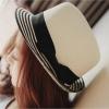 [พร้อมส่ง] H5447 หมวกปานามา ปีกสั้น สีขาว ขอบหมวกสีดำสลับขาว ตกแต่งด้วยผ้าคาดและริบบิ้นโบ Panama Hat (Fedora Hat )