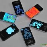 case iphone 4s 4 เคสไอโฟน4s 4 เคสมีไฟสลับสีสวยๆ ขณะใช้งาน โดยไฟ LED ใส่ถ่านบางๆ ที่แถมมาให้ใส่ที่ช่องด้านในเคส เคสเป็นพลาสติกบางๆ น้ำหนักเบา Lightning flash call lights shell