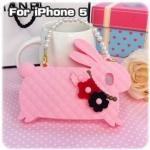 case iphone 5 เคสไอโฟน5 เคสซิลิโคนทำเป็นกระเป๋าถือทรงกระต่ายน้อย น่ารักๆ