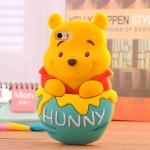 เคสไอโฟน5 / 5s หมีพูห์อยู่ในถังน้ำผึ้งน่ารักๆฝุดๆ Pooh Silicone 3D ราคาส่ง ขายถูกสุดๆ